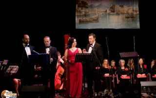 Teatro: concerto di capodanno   teatro