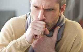 Medicina: tosse  sciroppo per la tosse  gola