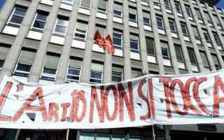Lavoro: jobs act  referendum  consulta  cgil
