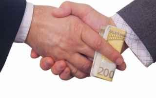 Leggi e Diritti: corruzione sponsor calcio concessione
