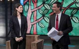 Giovanni Floris ha intervistato Virginia Raggi a DiMartedì, salotto tv di La7. La sindaca di Roma h