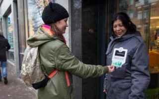 clochard  contactless  help  charity