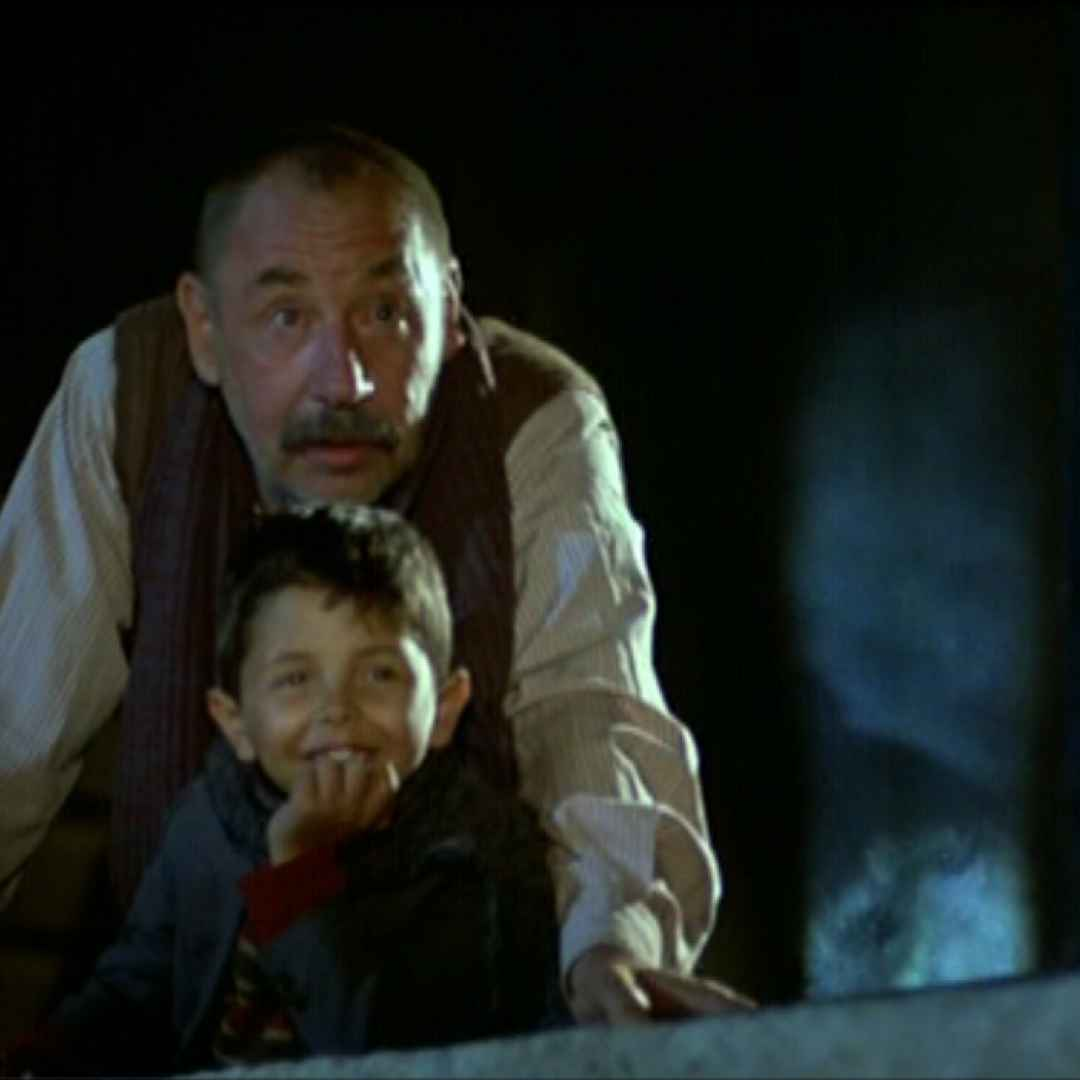 a plot analysis of the film cinema paradiso by giuseppe tornatore The latest film by italian director giuseppe tornatore,  minded films he's made after cinema paradiso,  tornatore has stated that malena's theme is.