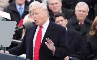 dal Mondo: Donald Trump ha giurato e dice: Con me il potere torna dalle èlite al popolo