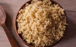 Alimentazione: quinoa  benefici  proprietá