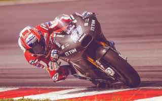 MotoGP: stoner  dovizioso