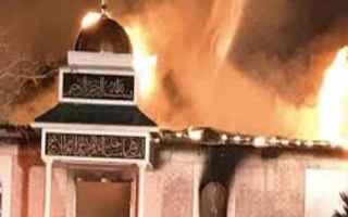 dal Mondo: texas  moschea  islam  incendio