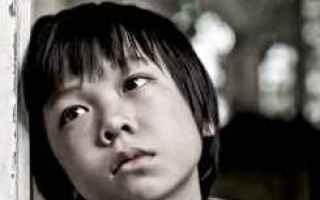 Un profondo e commovente video che racconta dellamore tra genitore e figli e, nello specifico, tra p
