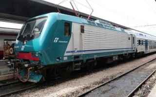 trenitalia  ferrovie  abbonamenti  treno