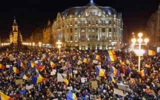 dal Mondo: italia  proteste romania  corruzione