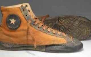 Storia: sneakers moda scarpe