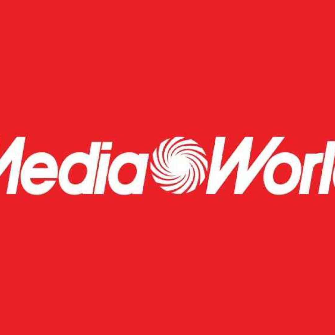 mediaworld  samsung  apple