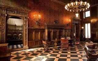 Milano: milano museo  lume di candela  milano