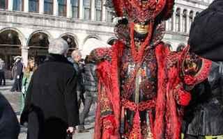 Moda: carnevale di venezia  carnevale 2017