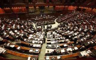 Politica: decreto  milleproroghe  fiducia  governo