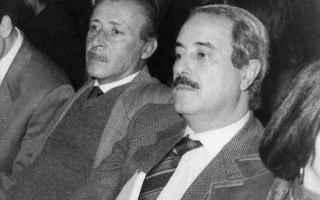 Politica: mafia  comunisti  tangenti