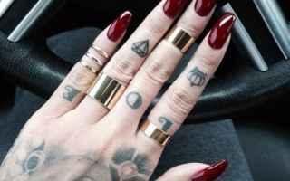 Bellezza: nails  unghie  bordeaux  fashion
