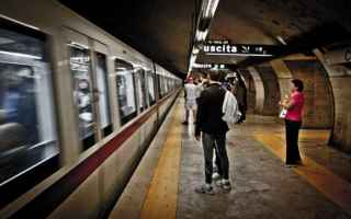 Roma: roma  borseggiatori  arresti  metro