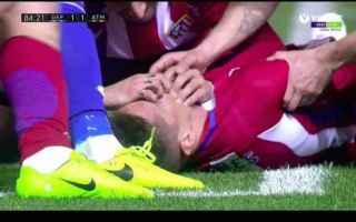 Calcio Estero: torres  atletico  testa  rianimato