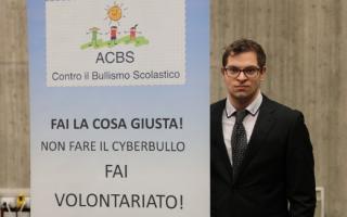 Scuola: cyberbullismo  adolescenti  italia