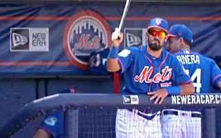 Filmati virali: baseball  mazza  luis guillorme  virale
