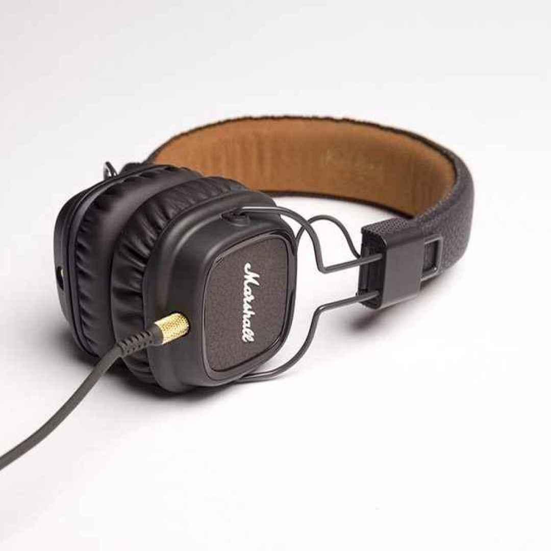 Audio ecco i diversi tipi di cuffie nel dettagli quale - Diversi tipi di musica ...