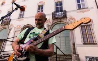 Genova: musica  video  genova  garcino