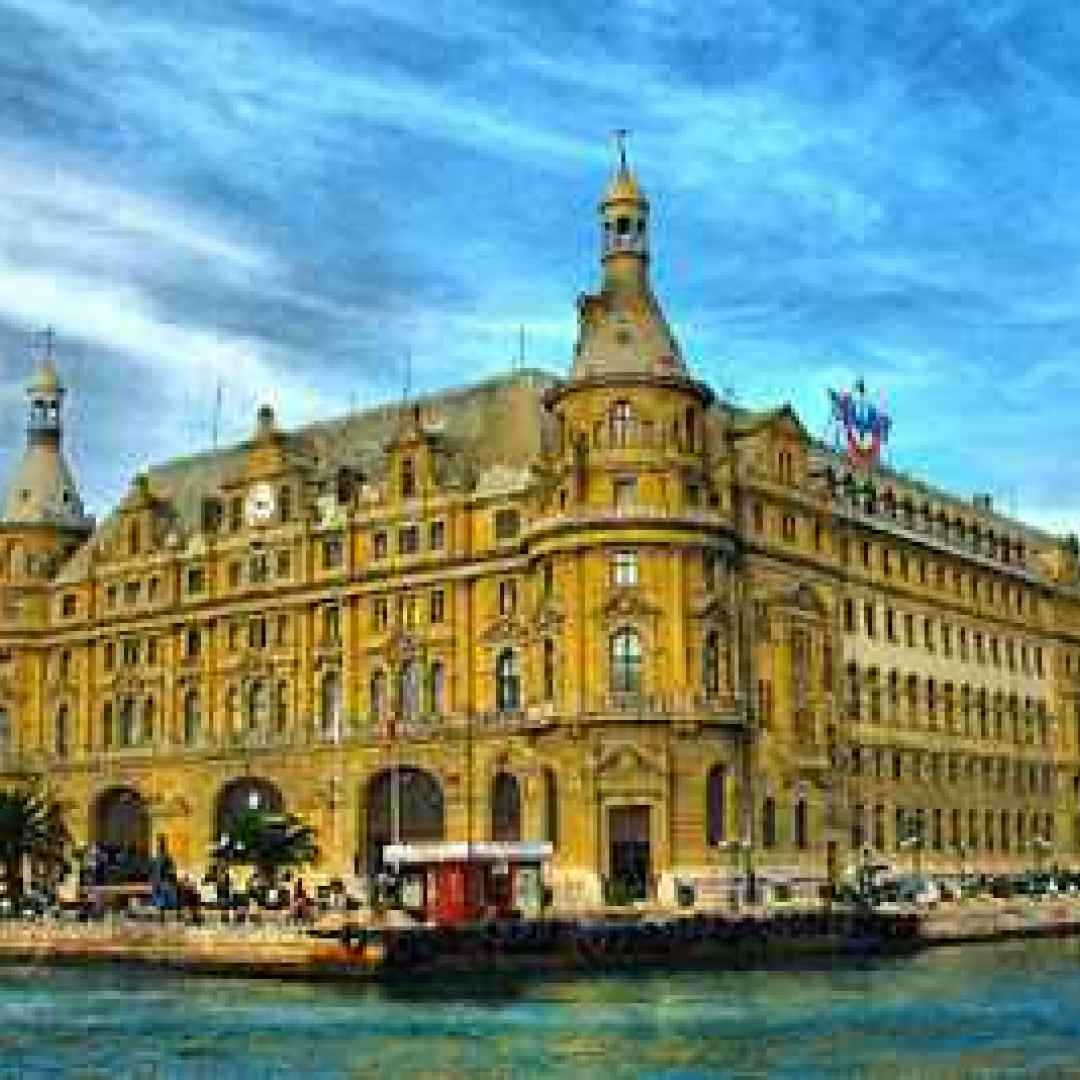 Viaggi viaggio per il benessere istanbul massaggio - Istanbul bagno turco ...