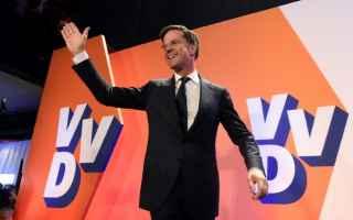 Politica: olanda  rutte  wilders  unione europea