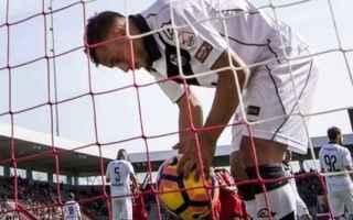 Calcio Estero: calcio  sconfitta  allenatore