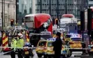 dal Mondo: attentato  londra  tamigi