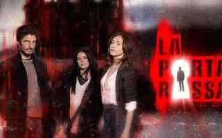 Televisione: la porta rossa