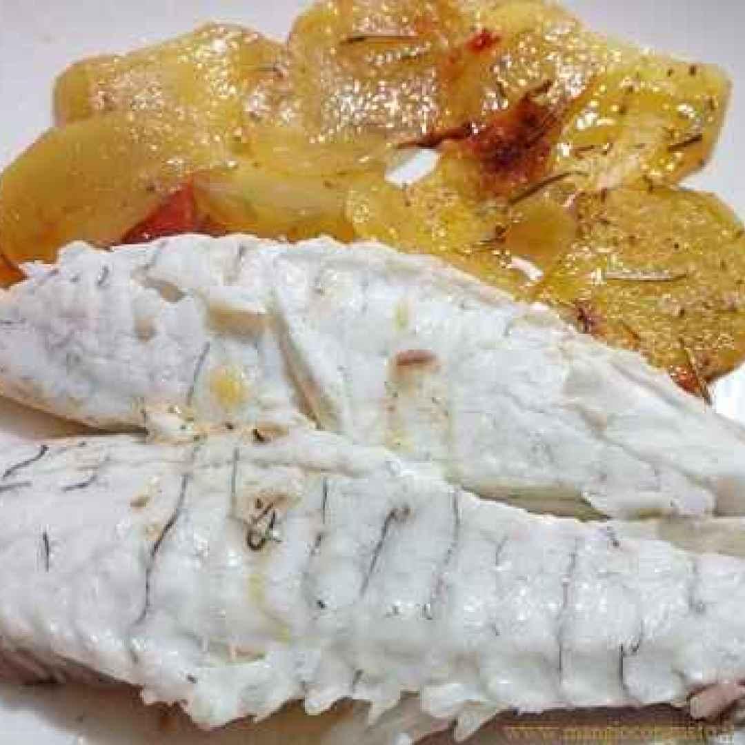 Cucinare il pesce ricetta orate al forno con patate ricetta - Cucinare lo sgombro al forno ...