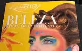 Bellezza: trucco make-up  puro  bio