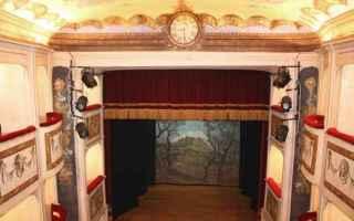 Teatro: monte castello di vibio  umbria  teatro