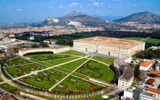 Architettura: reggia di caserta  residenza reale
