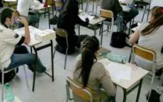 scuola  esame di maturità  istruzione