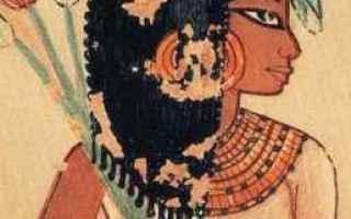 Storia: mestruazioni antico egitto assorbenti