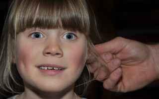 Medicina: cerume  orecchie  pulizia