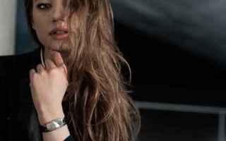 Trovo che sia davvero una bella iniziativa, quella che ha portato alla concezione del braccialetto s