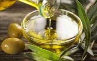 Alimentazione: olio  evo  extra vergine  salute