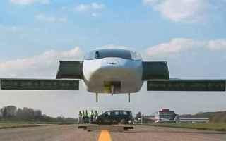 Automobili: taxi volante  auto volante