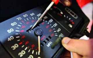 legge  revisione auto  contachilometri