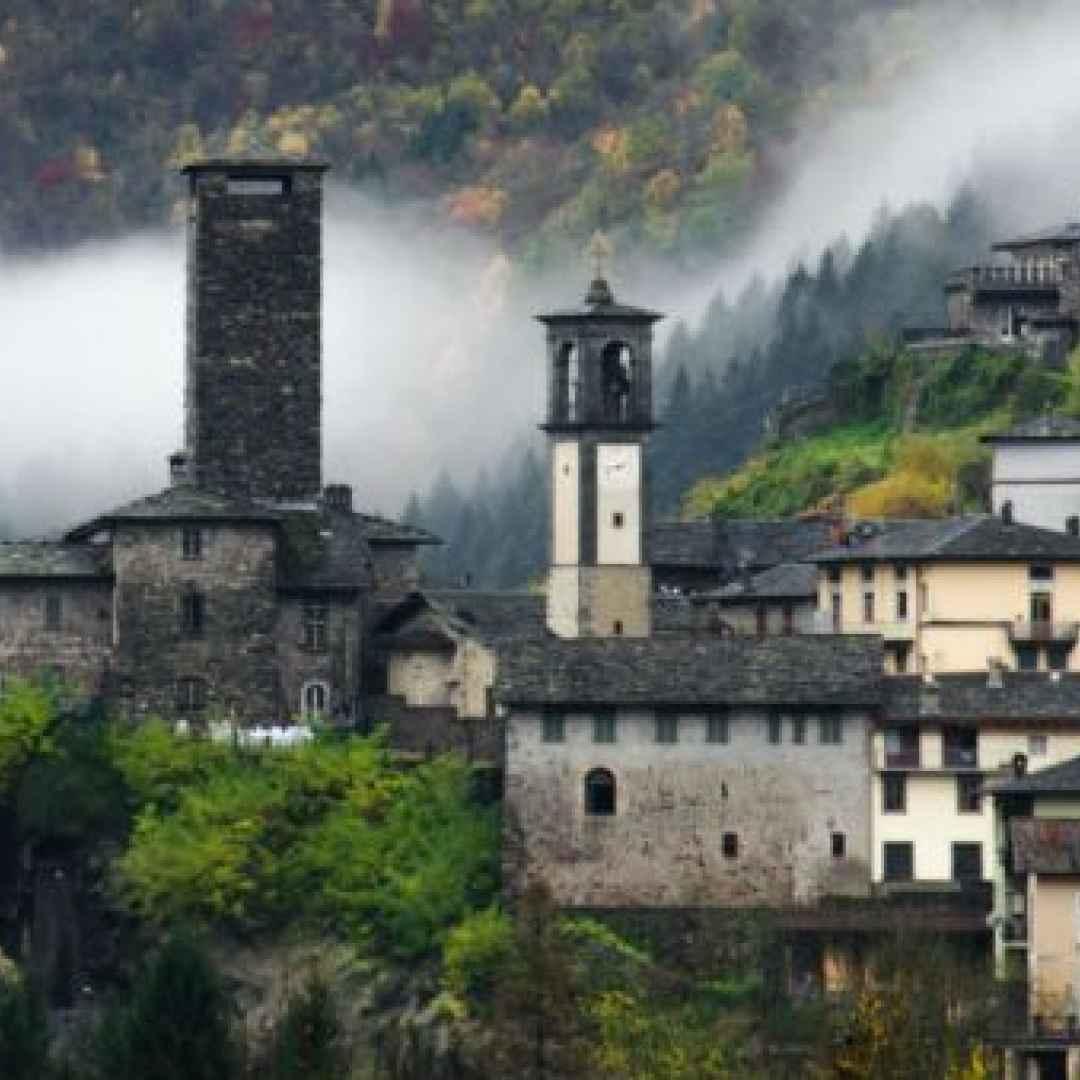 borgo  lombardia  viaggi  turismo