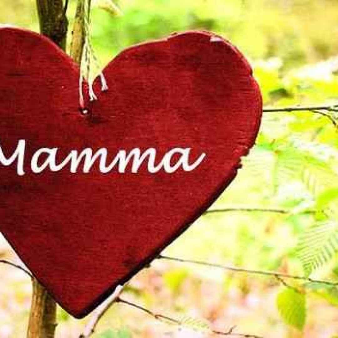 Festa della Mamma 2017: le migliori frasi per fare gli auguri