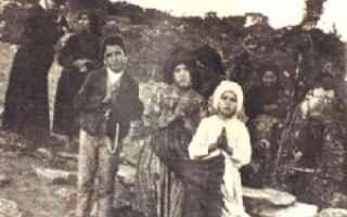 i tre inizialmente furono osteggiati dalle istituzioni portoghesi e dalla Chiesa romana. Ma il loro