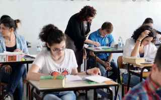 Scuola: studenti offline