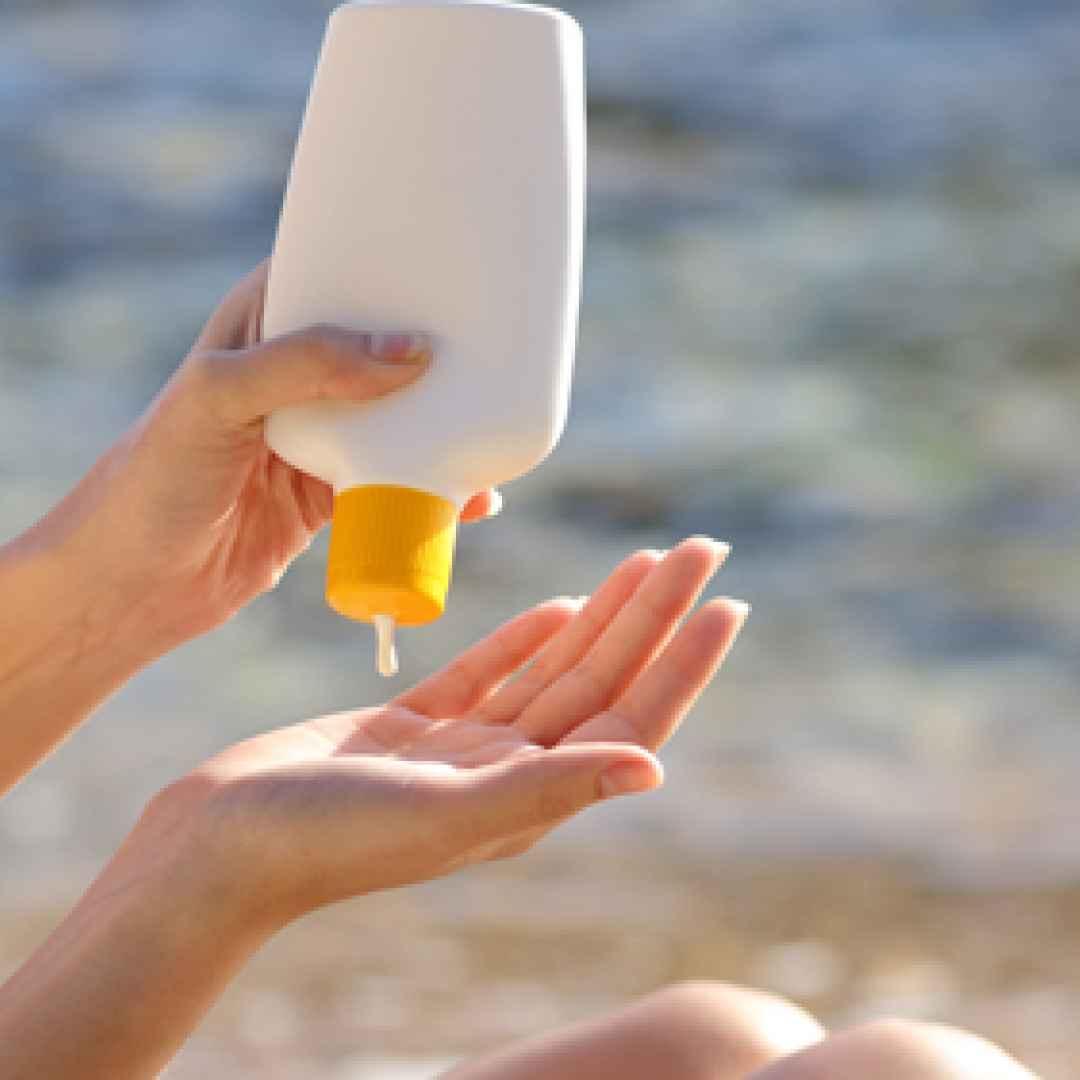 creme solari protezione sole mare