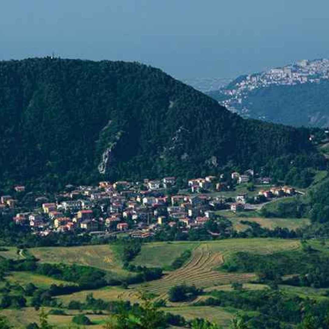 borgo  viaggi  emilia romagna
