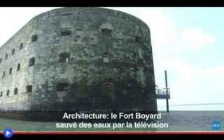 Architettura: castelli  storia  mare  francia  tv